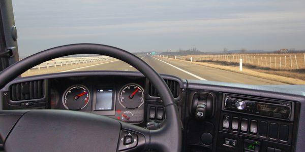 Lenkzeitenüberwachung per Tachograph und GPS mit geoCapture